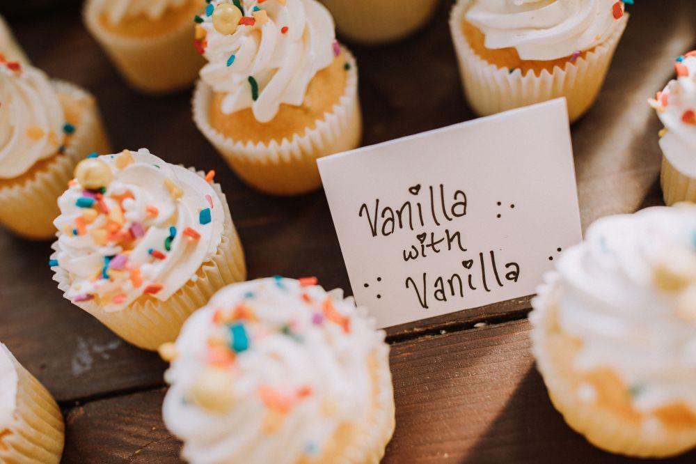 S&C Vanilla Cupcakes